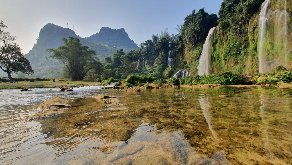 the smaller side of Ban Gioc Waterfall